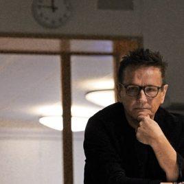 Föreläsaren Torkild Sköld gör under torsdagen ett stopp i Växjö med påminnelsen om att vi ska leva i nuet